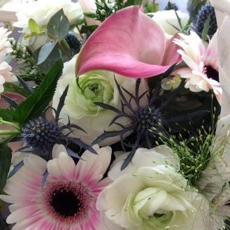 Calla lily, ranunculus, germini, eryngium
